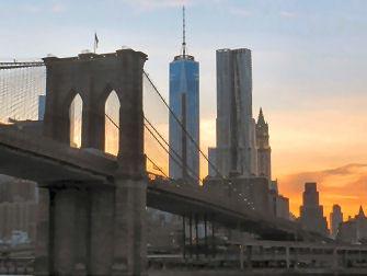 Circle Line Harbor Lights Night Boat Tour en Nueva York - Puente de Brooklyn