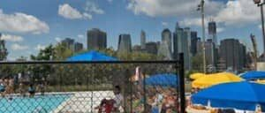 Piscina en Brooklyn Bridge Park