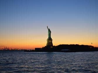 Estatua de la Libertad NYC- atardecer