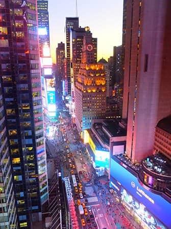 Times Square en Nueva York - Anocheciendo
