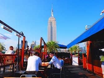 Los mejores rooftop bars en Nueva York - 230 Fifth de día