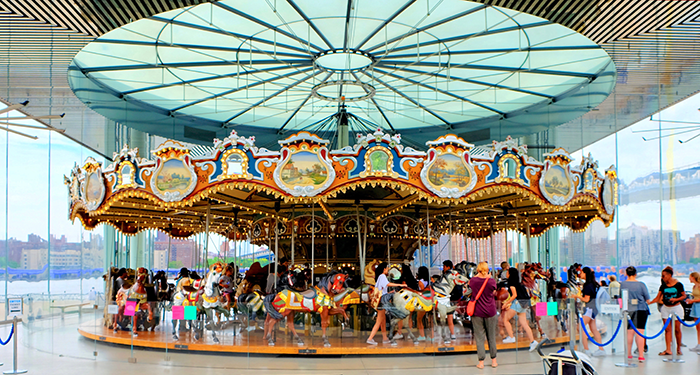 Jane's Carousel en Brooklyn - Tiovivo