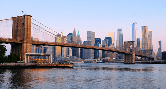 Brooklyn Bridge en Nueva York - Skyline
