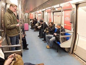 PATH en Nueva York - Interior del tren