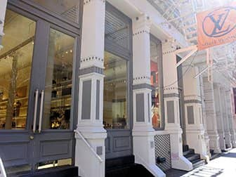 De compras en el SoHo - Louis Vuitton