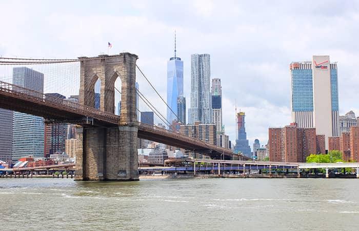 Circle Line crucero Best of NYC - Brooklyn Bridge