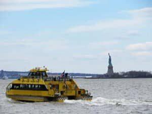 Crucero con paradas libres por el puerto de Nueva York