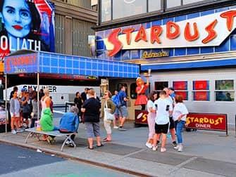 Restaurantes temáticos en Nueva York - Ellen's Stardust Diner