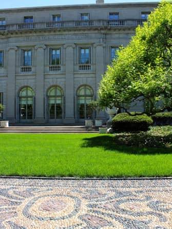 The Frick Collection en NYC - jardin delantero
