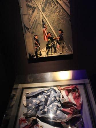 Museo del 11-S en Nueva York - bandera EE.UU