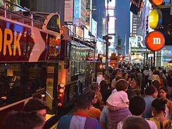 Big Bus en Nueva York - gente esperando