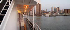 Tours en barco por la tarde en Nueva York