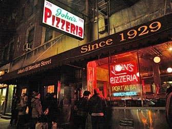 Johns Pizzeria en Bleecker Street en Nueva York