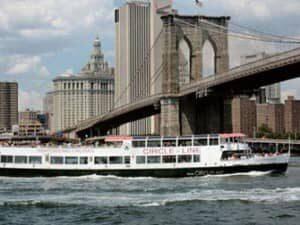 Tours en barco durante el dia en Nueva York
