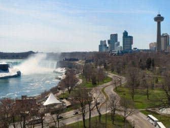 En avion a Niagara Falls - lado canadiense