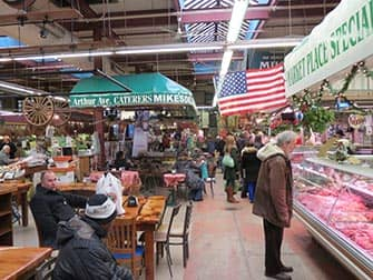 Mercado Little Italy del Bronx Nueva York