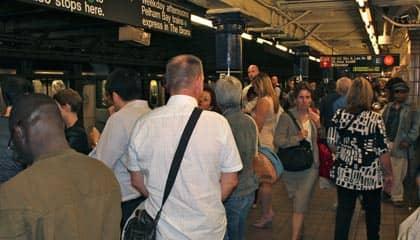 Metro en NYC - hora punta