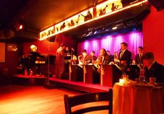 Cena en el Swing 46 Club con música jazz en directo