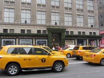 Taxi en Nueva York - Saks
