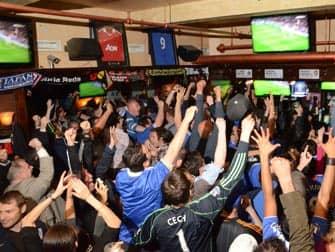 Los mejores bares para ver el futbol en Nueva York - interior Legends Football Factory
