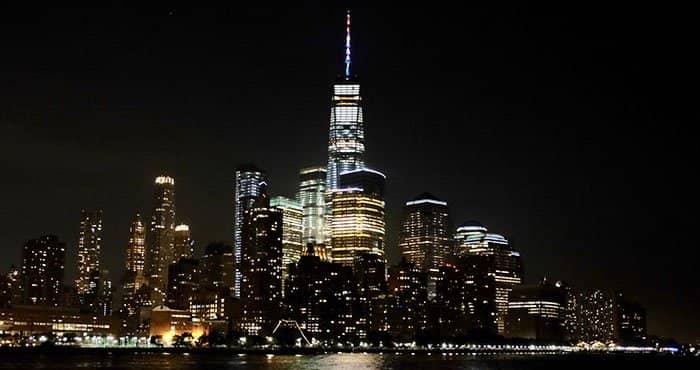 Vuelo en helicóptero por la noche y crucero en Nueva York - Crucero