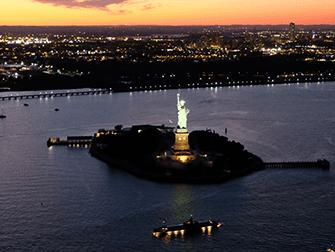 Vuelo en helicóptero por la noche y crucero en Nueva York - Estatua de la Libertad