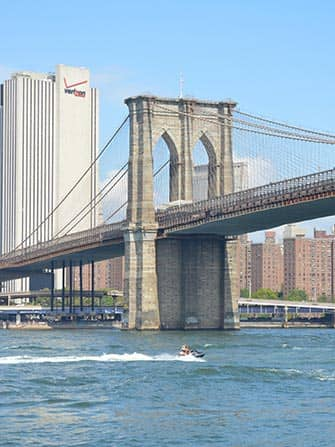 Jet ski en Nueva York - Brooklyn Bridge
