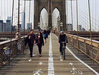 Alquiler de bicicletas en Nueva York - Pedaleando por Brooklyn Bridge