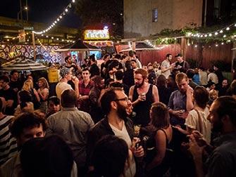 Brooklyn Pub Night Experience - Bar