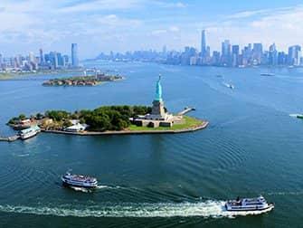 Vuelo en helicóptero sin puertas por Nueva York - Estatua de la Libertad